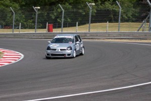 clio racing brands hatch