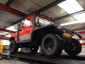 Derby-garage-v8-land-rover