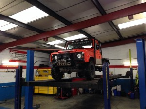 v8 land rover defender needed a lot of welding before