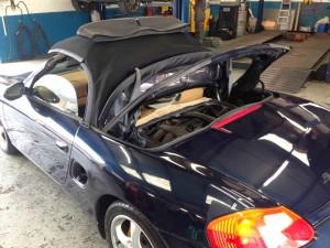 Garage-derby-Porsche
