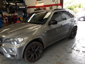 BMW X5 Air Suspension fault