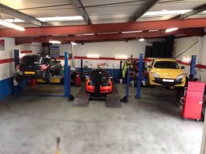 Aarons Autos Megane repairs