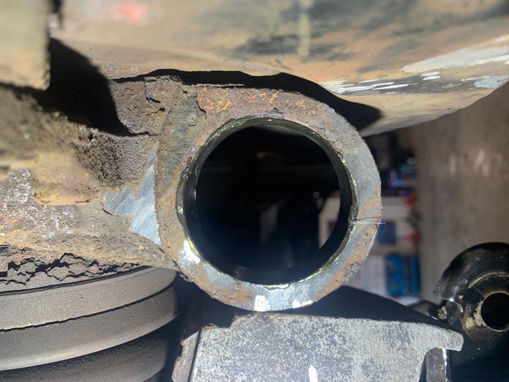 range rover hub repair